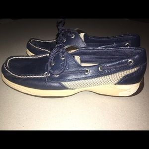 Women's navy Sperry Top Sider Boat Shoe